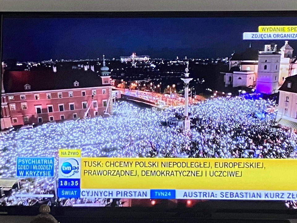Now, that's a protest! #Polexit #Poland