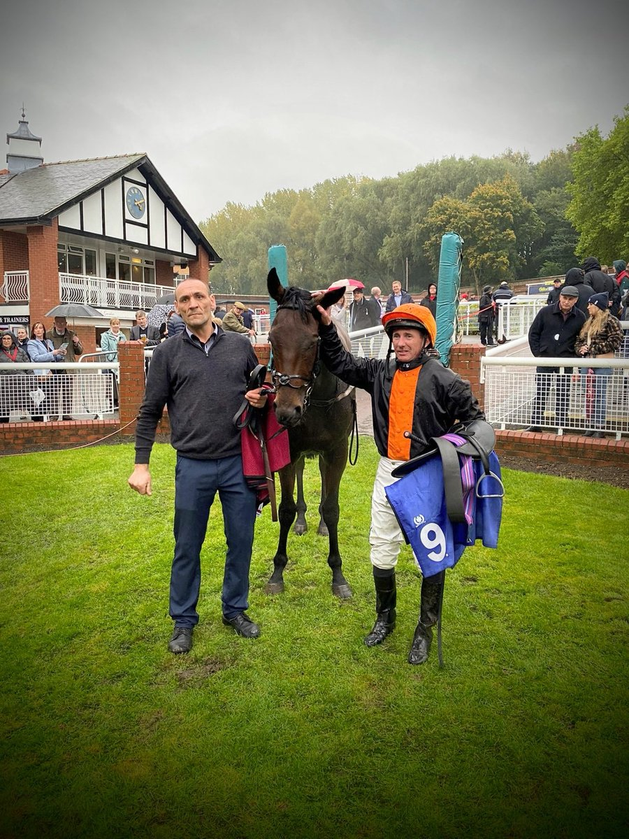 120 💥👊! PATSY FAGAN takes Team Musley Bank level with last year's total number of winners 🐎🎉! Here's to the next 🙏🍾!... A massive thank you to owner Farranamanagh & Partner, jockey Paul Hanagan and groom Slavek Nadrak for this gutsy success ⭐🏆   @ponteraces  #teamsuccess