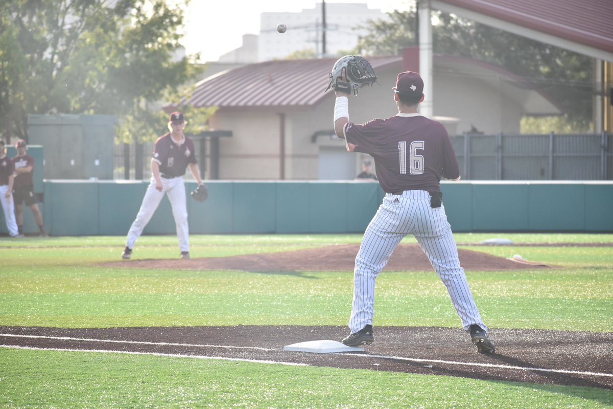 📸 from Fall game vs. Weatherford College 🔗: bit.ly/2YIYiLG #EatEmUp