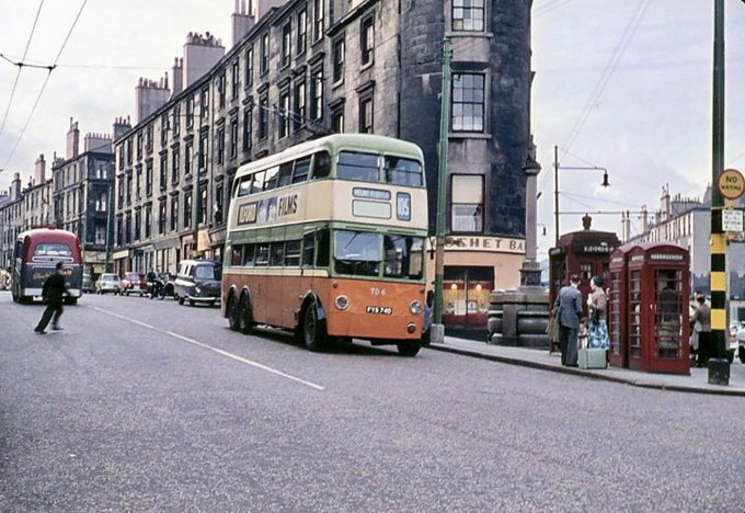 #Shoap - The Gushet, The Annan Fountain in front in its original position, Cowcaddens, #Glasgow, 1964. (Trinity-Mirror)