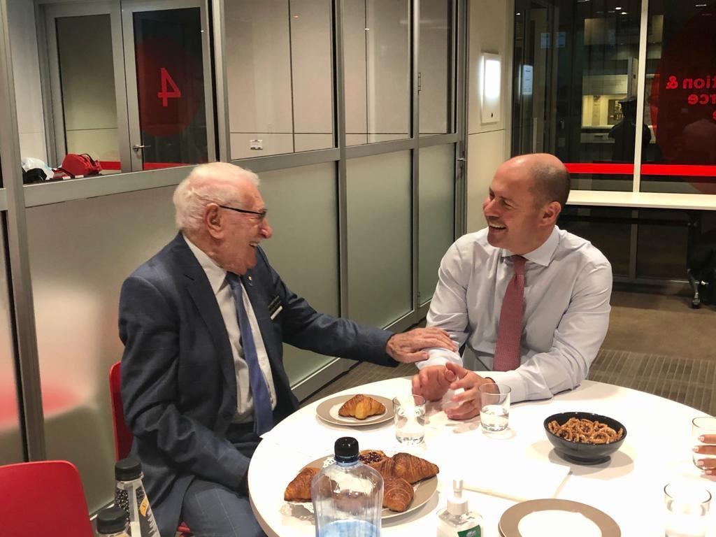 """""""澳洲失去了一名巨人"""" 纳粹大屠杀幸存者Eddie Jaku逝世 享年101岁"""