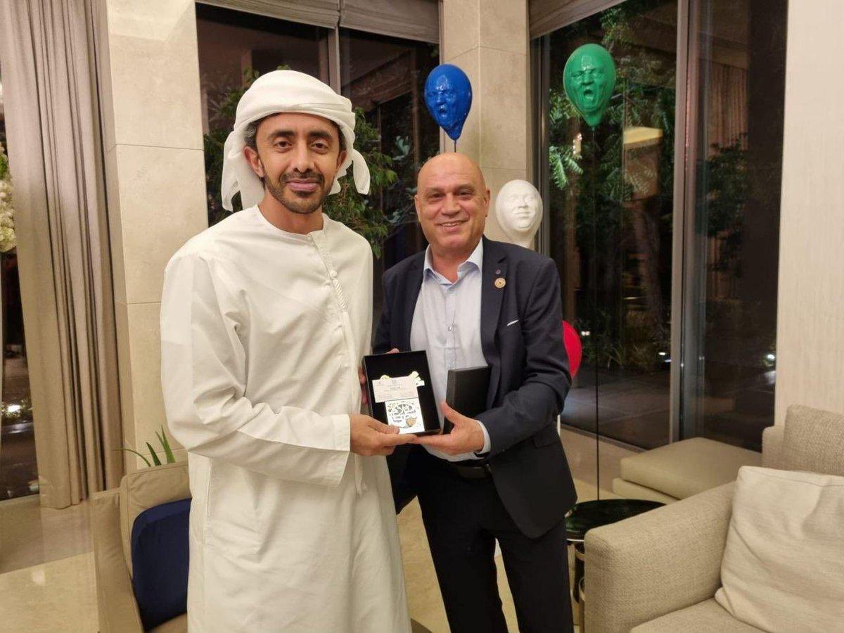 التقى وزير التعاون الإقليمي ، السيد عيساوي فريج مع وزير الخارجية الإماراتي سمو الشيخ عبد الله بن…