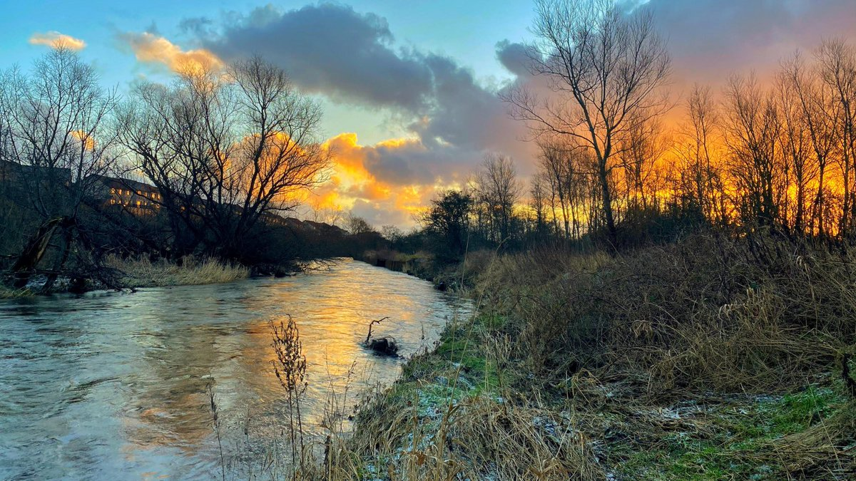 We're delighted to announce that the first winner in our photo competition is Charles Staig, with his atmospheric photo of the #RiverLeven. This image, along with 12 more (to be announced during this week), will be incorporated into a forthcoming exhibition and calendar.
