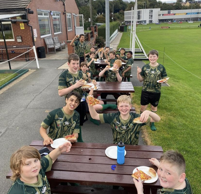 We are very proud of our Year 8 rugby students who were complimented on their excellent manners at their first ever rugby festival! Excellent effort, team! Your pizza was well-deserved! 🍕🏉