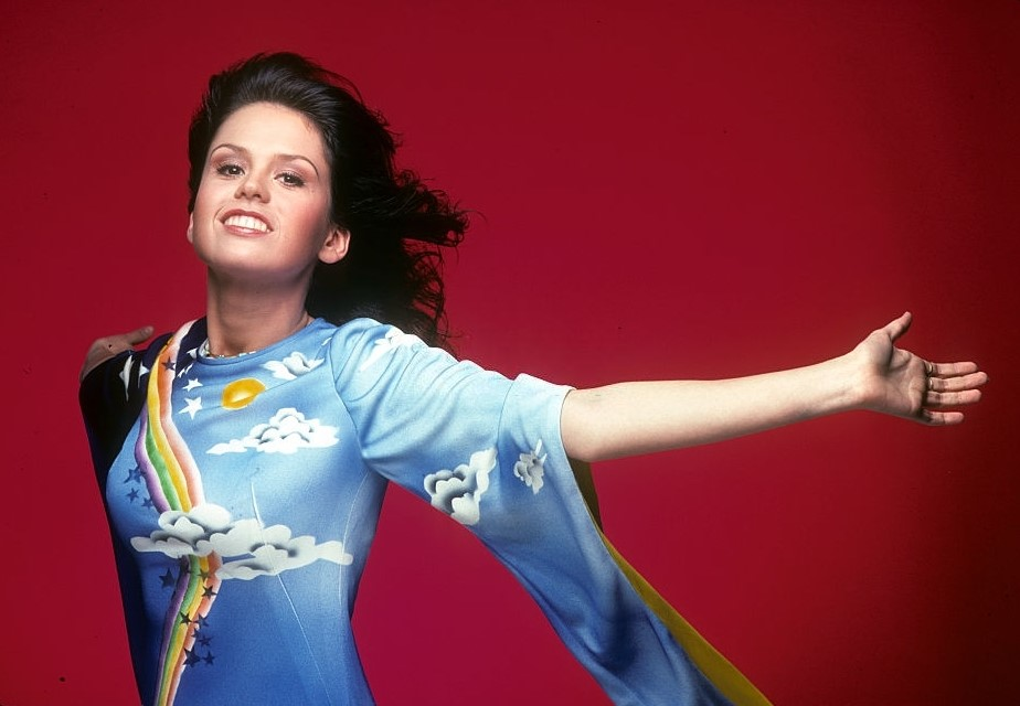 Happy Birthday to Marie Osmond who turns 62 years young today
