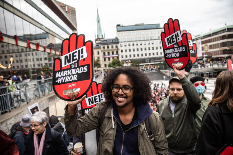 """test Twitter Media - Tomorrow: From """"No to market rents!"""" to """"Socialise big landlords!""""  Political impacts and challenges of the rising tenants' movements.  Reports and views from Germany, Sweden, Netherlands, Portugal... Webinar. Wed., 13 Oct., 18 – 20 CEST   https://t.co/Ei0JDhoAok https://t.co/sbGfb8319O"""