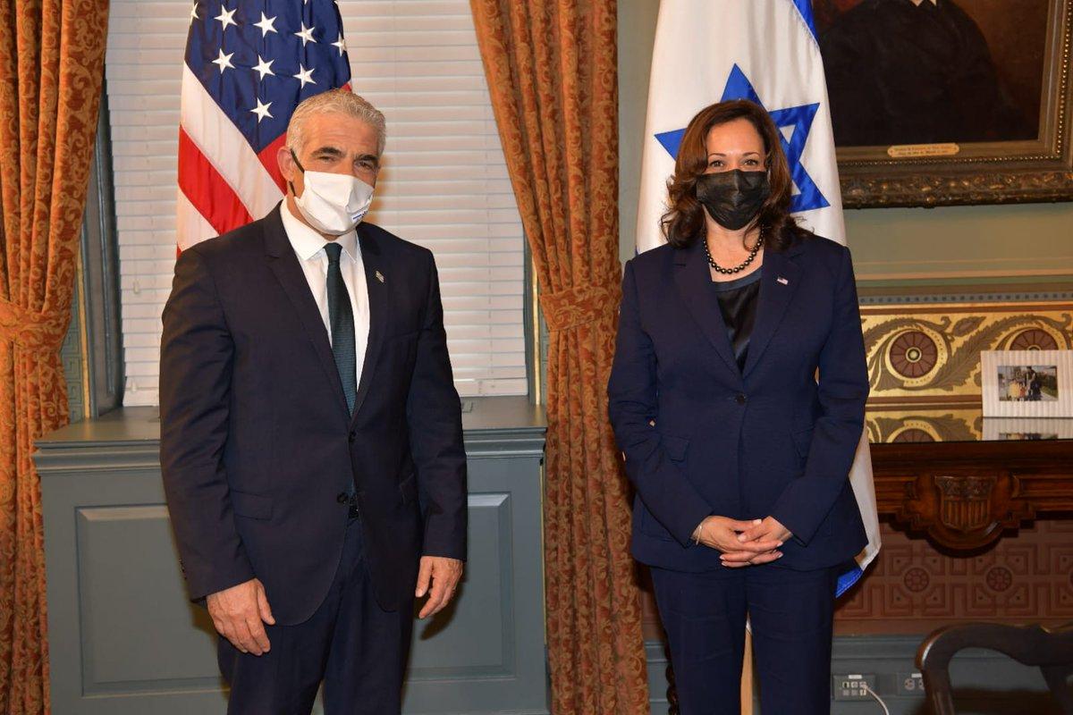 """وزير الخارجية الإسرائيلي @yairlapid خلال زيارته الى واشنطن: """"يسعدني أن أكون هنا"""