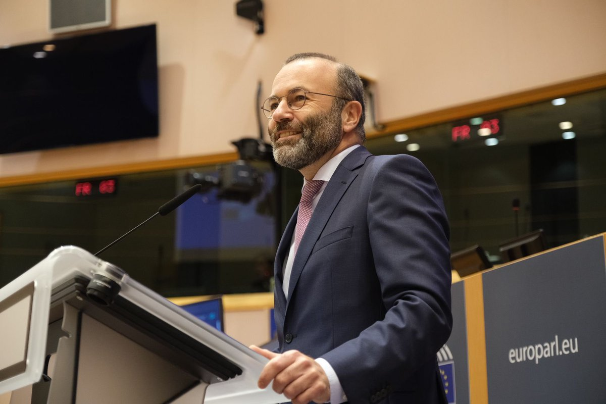 Congratulations on your re-election @ManfredWeber! @EFBS_EuBV is looking forward to a continued fruitful exchange in Brussels!