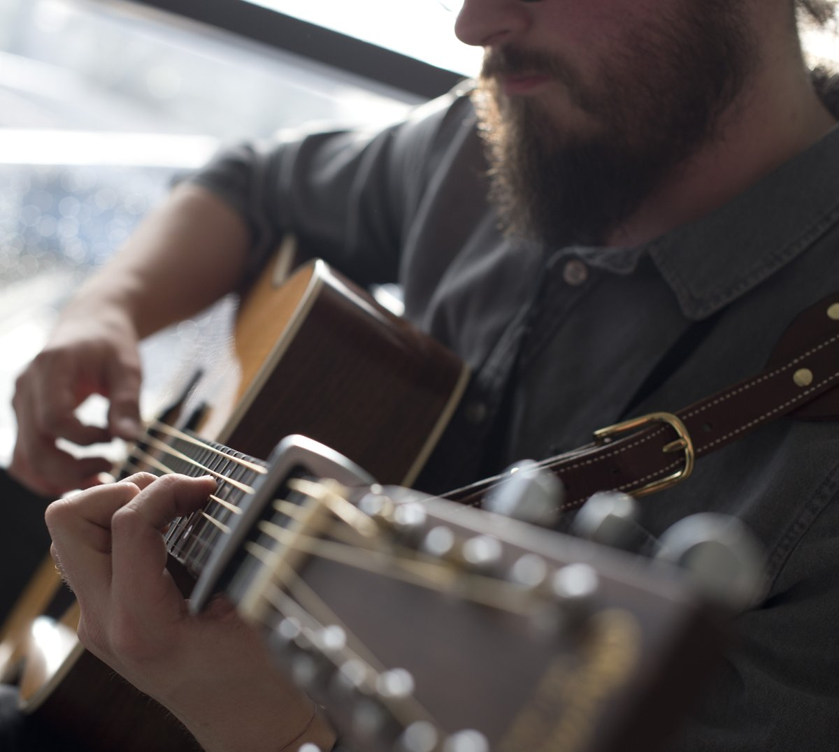 Playing Tomorrow - 14th October from 10am-1pm at Royal Derby Hospital we have the delightful sound of Jamie Rutherford, playing guitar behind the Air Arts screen. @uhdbtrust @hospitalcharity @JMRGuitar @MiHCUK @Derbylive #TeamUHDB #supportlivemusic #hospitalarts #hereforculture
