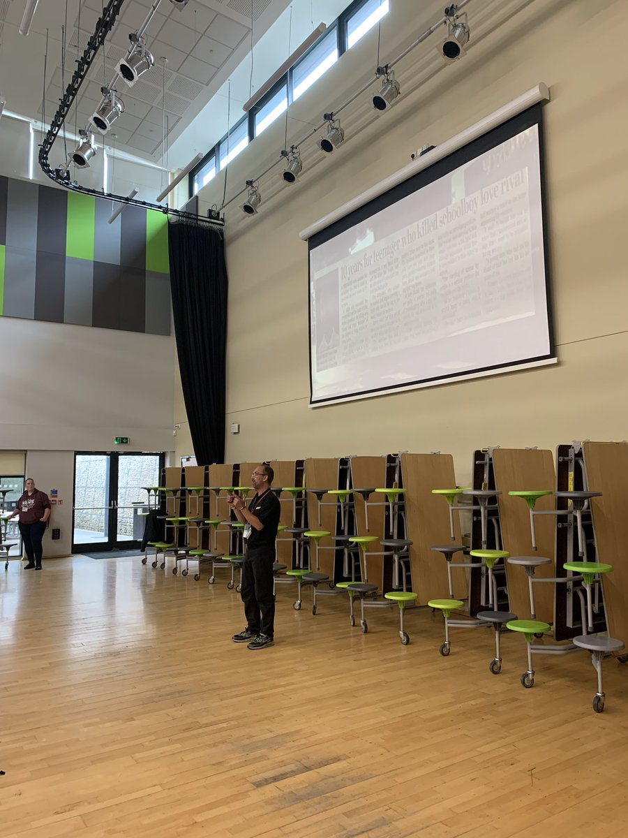 Our students have had a great range of assemblies delivered to them this week, lead by the police, as part of our Curriculum4Life provision! Thank you! @WYP_CldrValleys @WestYorksPolice