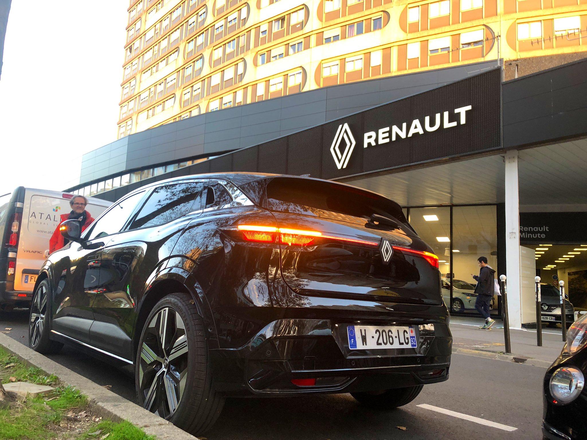 2021 - [Renault] Mégane E-Tech Electric [BCB] - Page 15 FBmNHvhWUAMxpxc?format=jpg&name=large