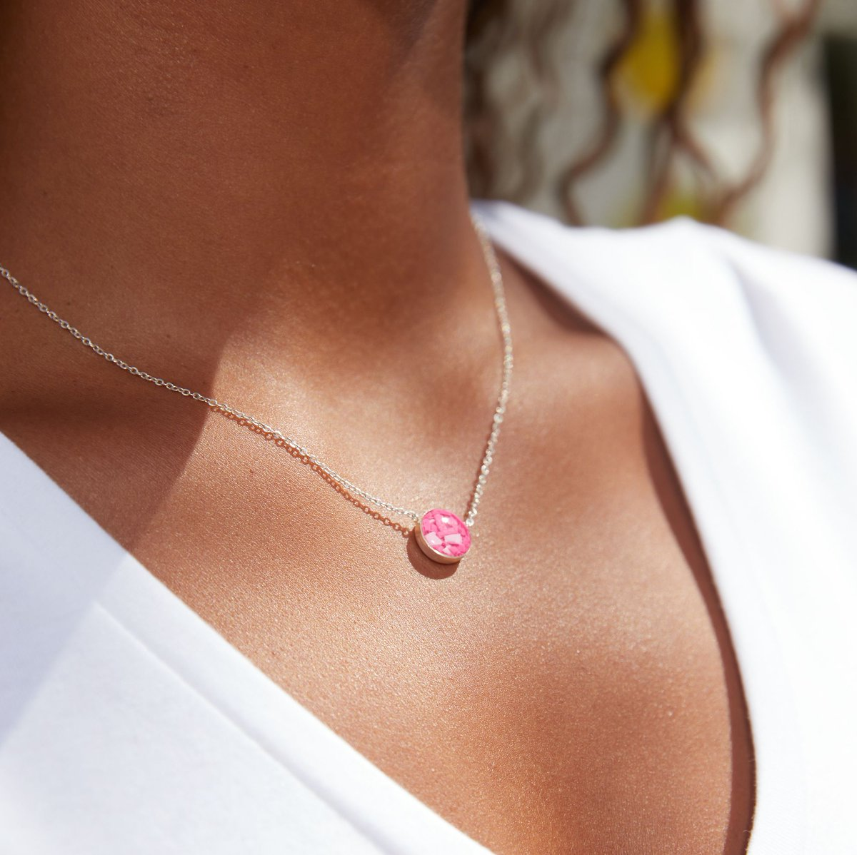 Have you seen our new Pink Sterling Silver Necklace + Earrings made with 4ocean Plastic from the beaches of Florida? ✨ 🐚 We're always looking for ways to give ocean trash a brand new purpose. Visit bit.ly/2YOZM7m to get yours!