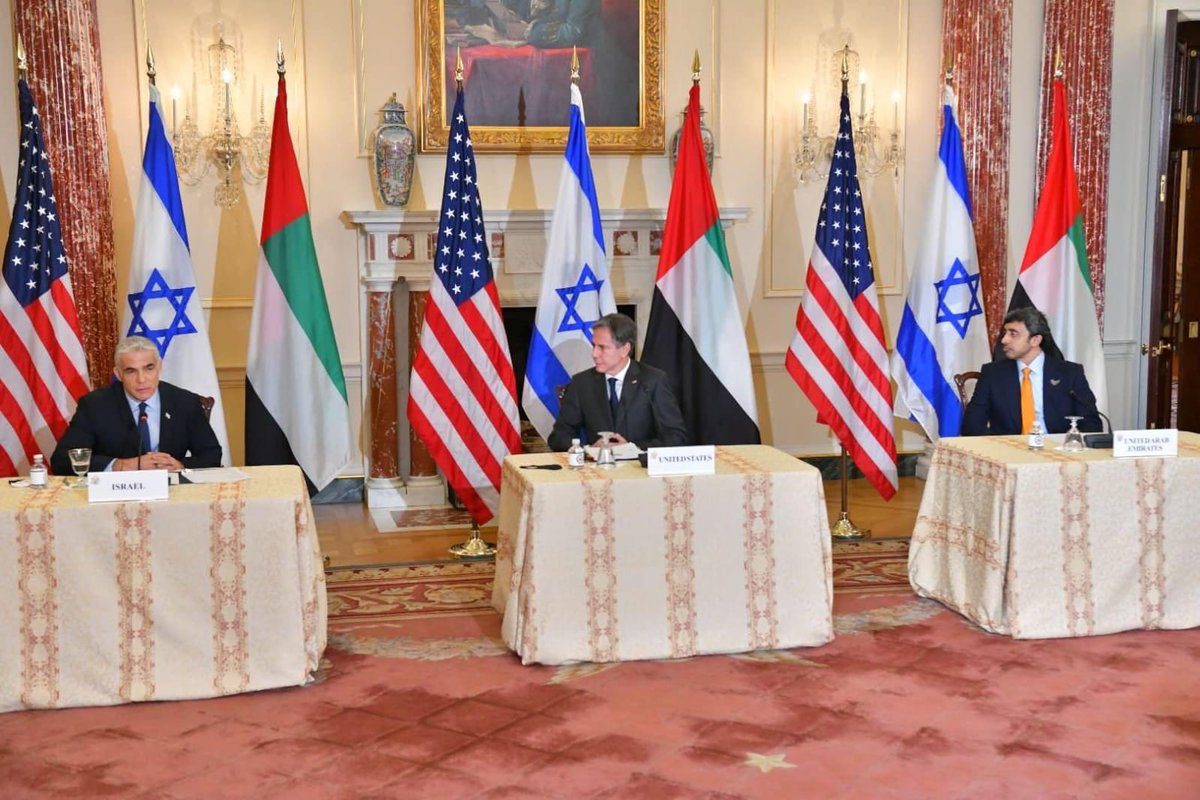 """وزير الخارجية الإسرائيلي @yairlapid في واشنطن: """"إن الشراكة بين إسرائيل والإمارات قائمة على التعايش…"""