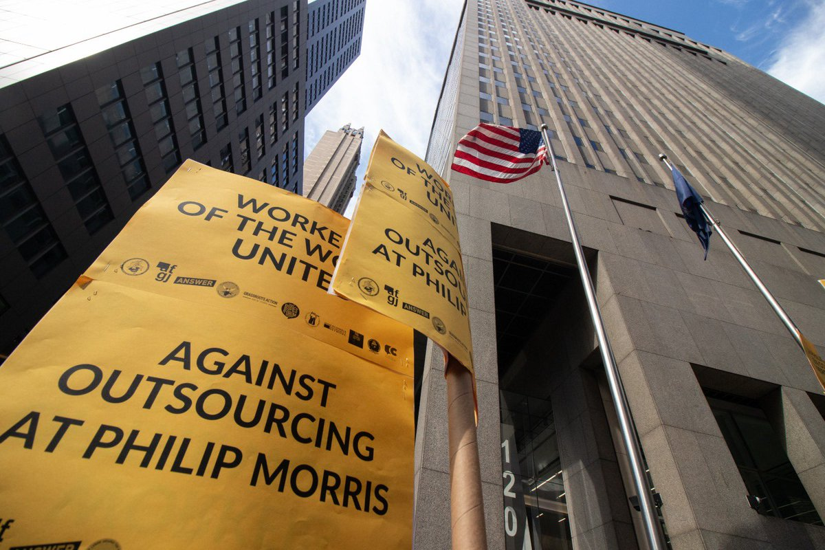 To everyone who came out to stand in solidarity with Colombian tobacco workers in NYC — thank you! Plant closures at Philip Morris would crush the livelihoods of nearly 12,000 farming families. International worker solidarity is a beautiful sight. 🤩🇨🇴 #1U