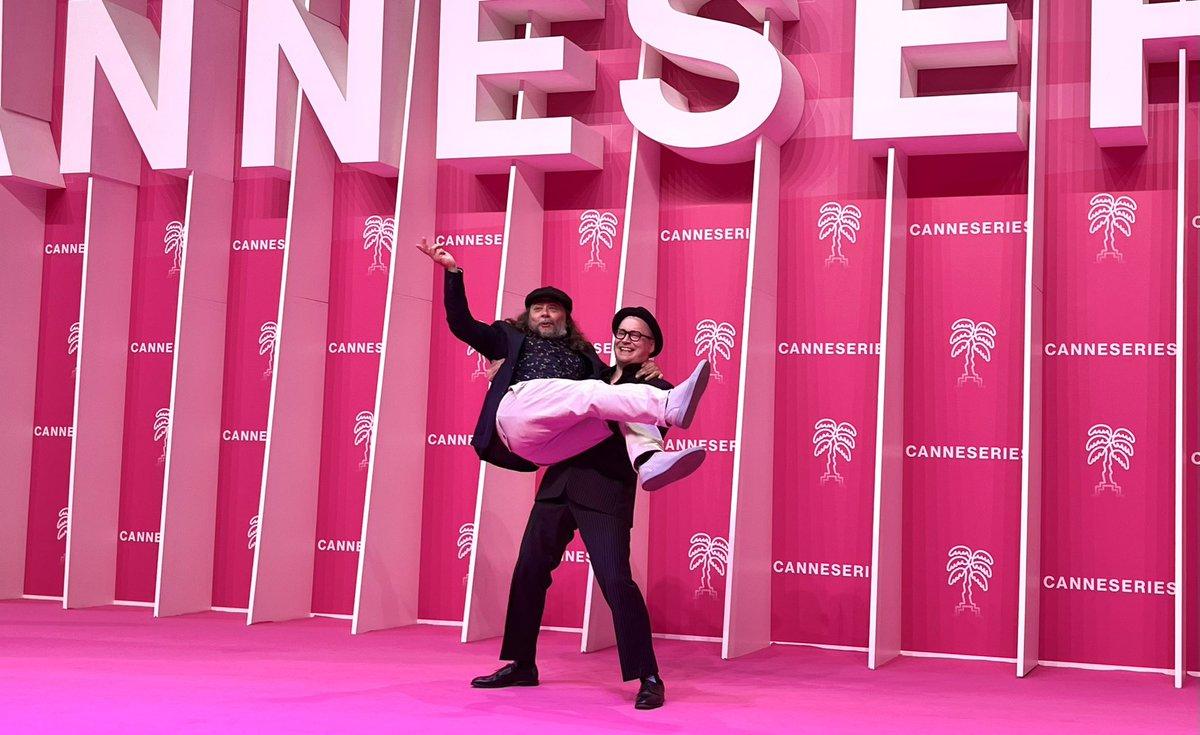 test Twitter Media - RT @CannesPalais: Félicitations à la team #MISTER8 👏 #CANNESERIES https://t.co/WrxGrtJoKo