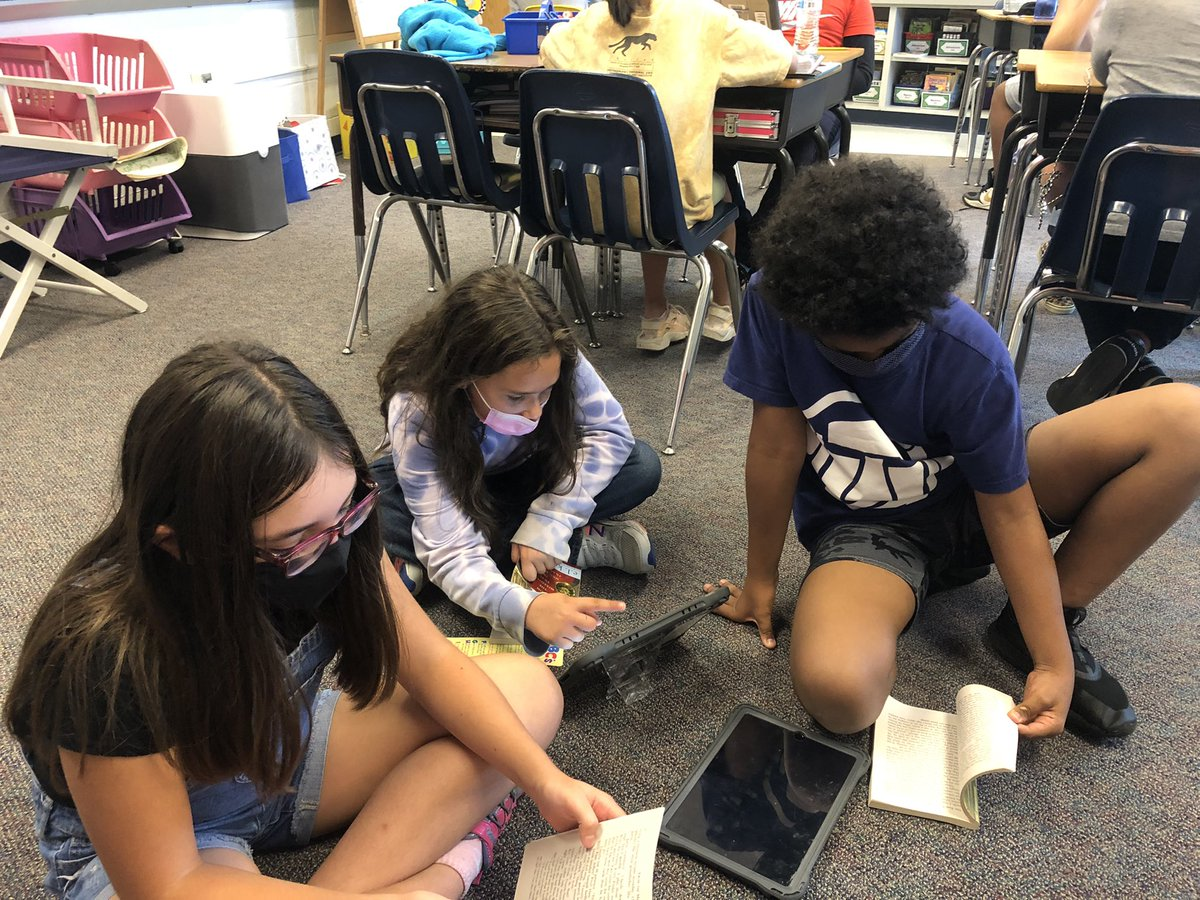 Book clubs are underway. This week is each group's first discussion. They discussed themes and character traits, asked each other questions, and predicted what would happen next <a target='_blank' href='http://search.twitter.com/search?q=hfbtweets'><a target='_blank' href='https://twitter.com/hashtag/hfbtweets?src=hash'>#hfbtweets</a></a> <a target='_blank' href='http://twitter.com/TCRWP'>@TCRWP</a> <a target='_blank' href='http://twitter.com/APSLiteracy'>@APSLiteracy</a> <a target='_blank' href='http://twitter.com/APS_ELA_Elem'>@APS_ELA_Elem</a> <a target='_blank' href='http://search.twitter.com/search?q=hfbtweets'><a target='_blank' href='https://twitter.com/hashtag/hfbtweets?src=hash'>#hfbtweets</a></a> <a target='_blank' href='https://t.co/sfebxTnnBL'>https://t.co/sfebxTnnBL</a>