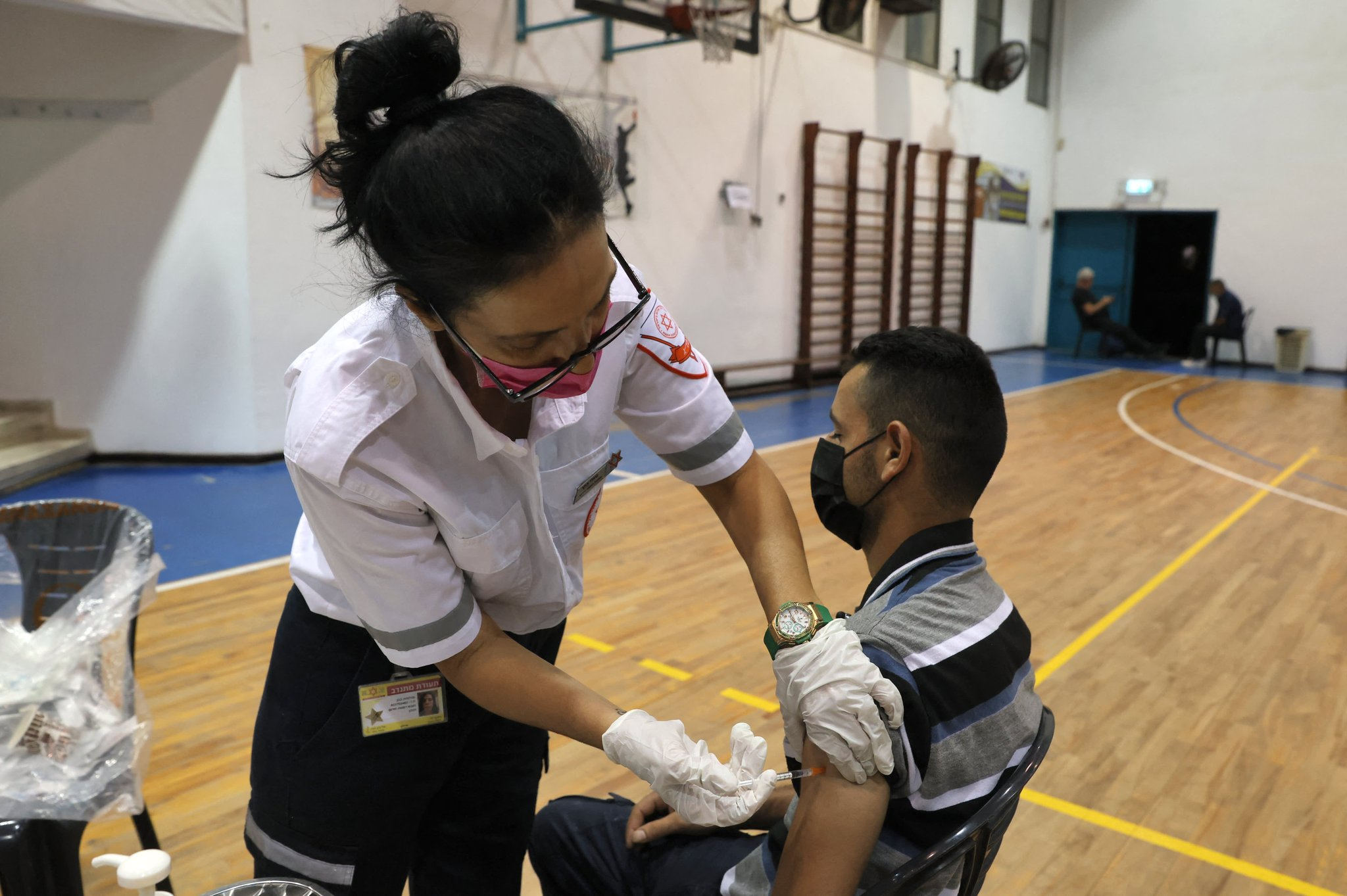 Covid: Israel, Bahrain people lose vaccination status without boosters
