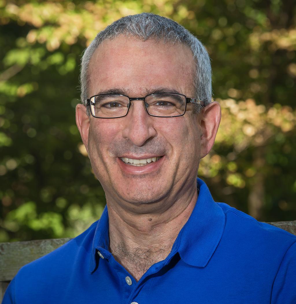جوشوا أنغريست إسرائيلي-أمريكي، أستاذ في معهد ماساتشوستس للتكنولوجيا، هو واحد من