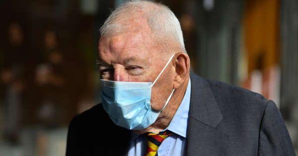New Zealand mogul jailed in Australia for child abuse images buff.ly/2YLFyeV