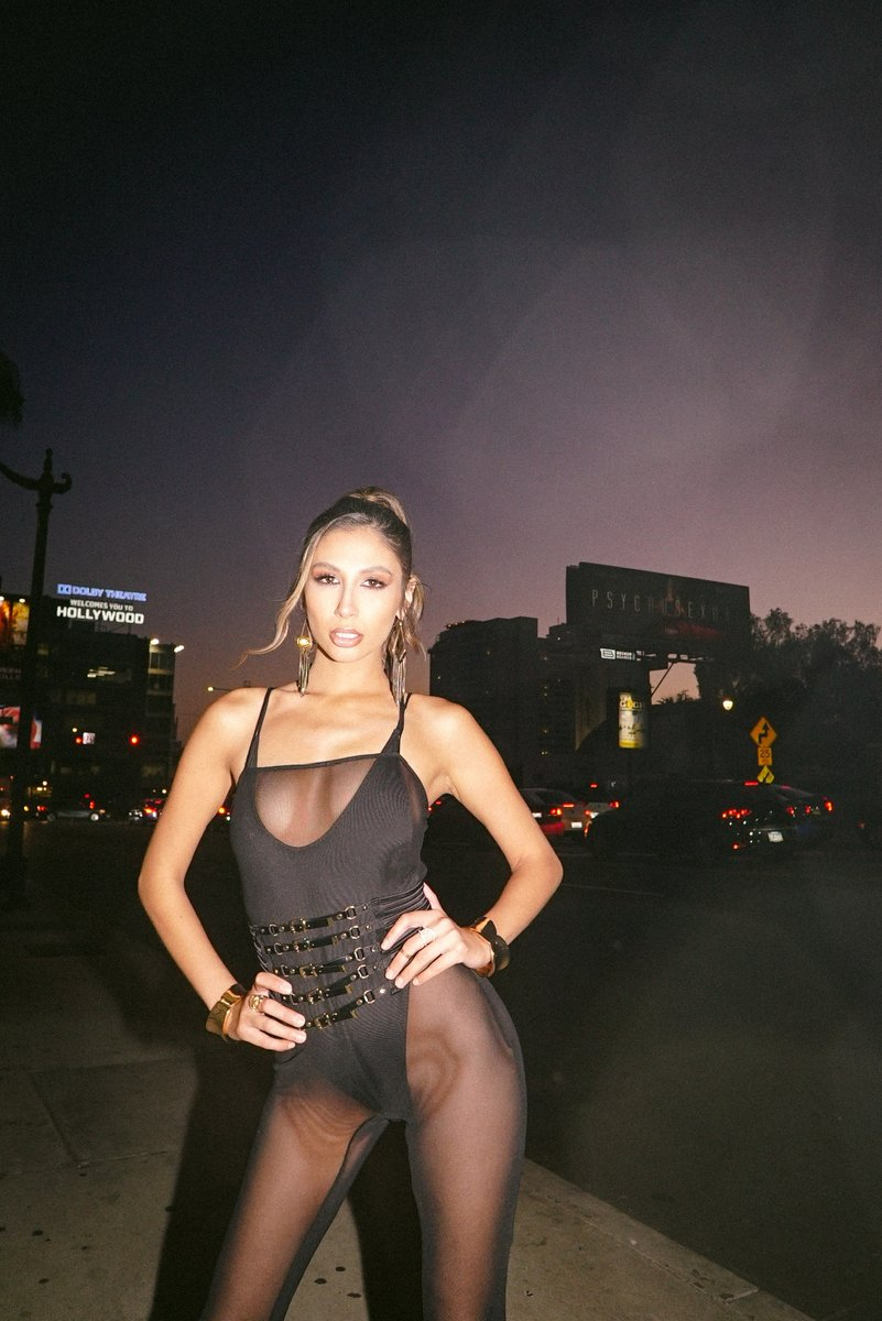Our Billboard is up in the center of Hollywood 🤩 @Vixen Media Group presents 'PSYCHOSEXUAL' a 5-Part Crossover starring @Gianna_DiorXXX directed by @kayden_kross out now!! 🔥💓 See more at psychosexual.co
