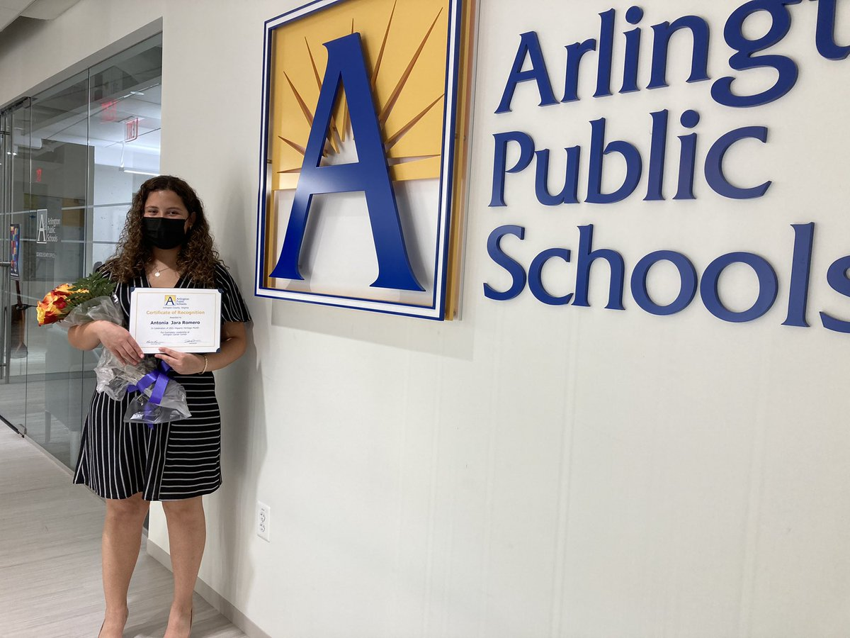 <a target='_blank' href='http://twitter.com/APSCareerCenter'>@APSCareerCenter</a> is so proud of Antonia, our Hispanic Heritage Month student leader honored at tonight's <a target='_blank' href='http://twitter.com/APSVaSchoolBd'>@APSVaSchoolBd</a> meeting! <a target='_blank' href='http://twitter.com/arlingtontechcc'>@arlingtontechcc</a> <a target='_blank' href='http://twitter.com/LLT_Founder'>@LLT_Founder</a> <a target='_blank' href='https://t.co/X2sgl3hy98'>https://t.co/X2sgl3hy98</a>