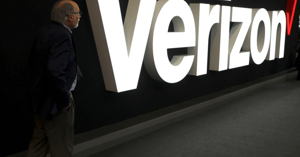Verizon says majority of U.S. employees must be vaccinated