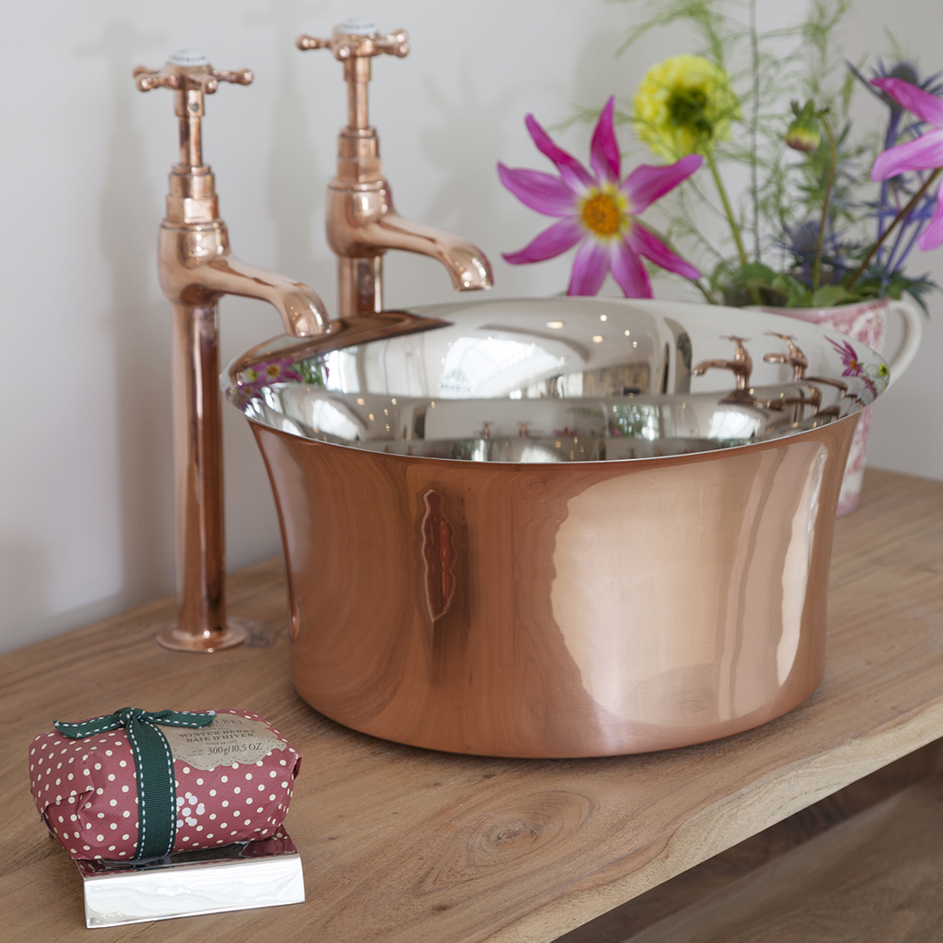 View our full range of Copper and Nickel Basins, made from Hand Beaten Copper: hurlinghambaths.co.uk/.../copper-nic… We also offer Basin Taps and Wastes to suit. #copperbasins #nickelbasins #copper #nickel #basins #sinks #interiordesign #homeimprovements #homerenovation #bathroom