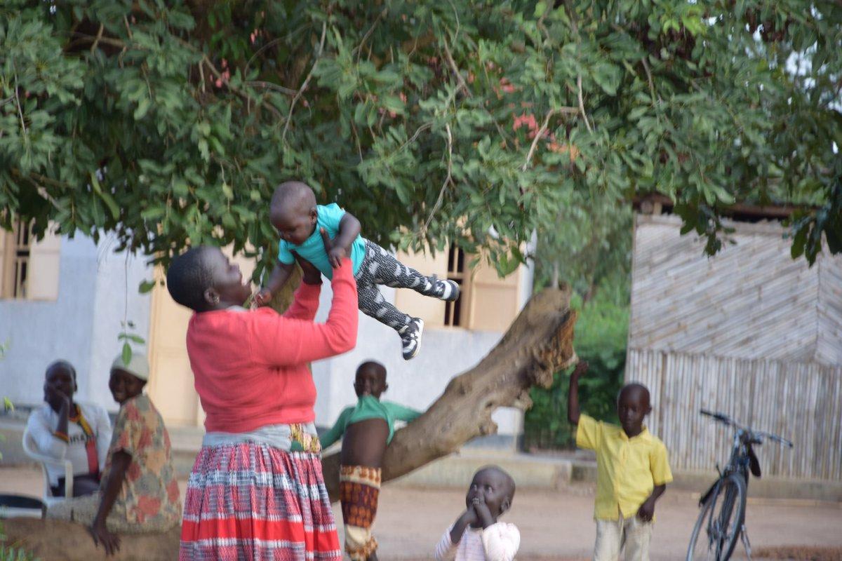 Today we would like to shine a light on the women of Okere who make our world go round - despite many impossible and insurmountable odds. #InternationalDayOfRuralWomen #RuralWomenRock #LiveWomenMatter @OkereCity #okerecity