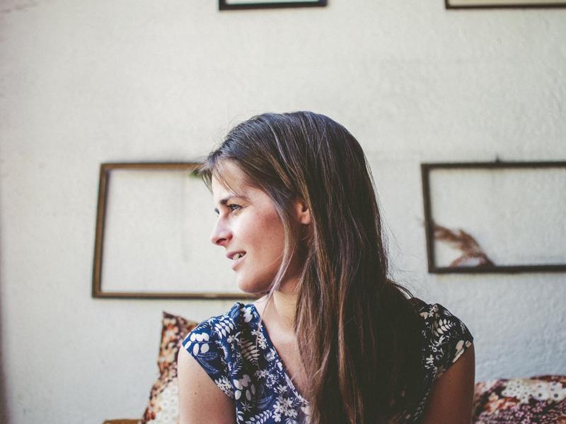 🖤Diumenge, a les 12h a l'@Ateneu, '@versdonadona2' al @FNPoesiacat   👁🗨Trobada poètica, artística, creativa i plena d'amor, amb la cantautora Meritxell Gené i la participació d'un seguit de dones que llegiran poemes.  📲https://t.co/DNHgvkXlGC @EstherMadrona @culturastc @lletres