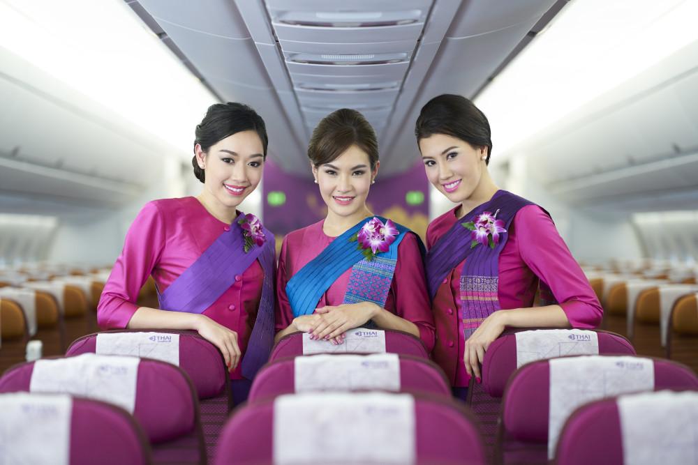 Ökad tillgänglighet till Thailand från Arlanda - Thai Airways återstartar direktlinjen till Phuket  https://t.co/omVnGxL93y https://t.co/dWypUHNJtQ