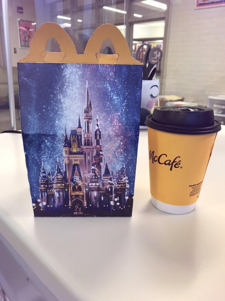 일주일 내내 맛있는 아침과 커피를 제공 해주신 @McDonalds 감사합니다! Ashlawn 직원이 저를 데리러 주셔서 감사합니다!! https://t.co/SSnLytgRaK