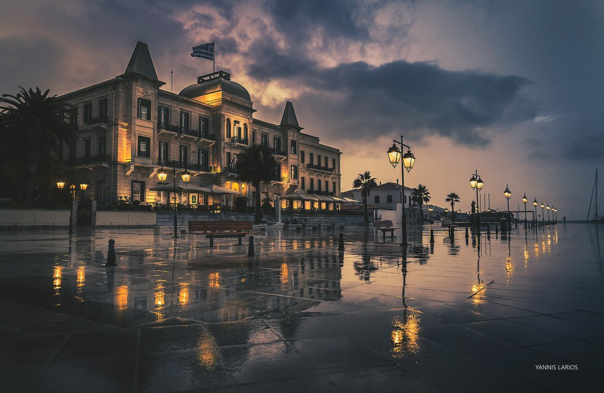 My #photo of @Poseidonion Grand Hotel at #Spetses isl. under rain, wins me 1st Accolade @ Panhellenic Photo Competition 2021 held by the Greek Photographic Society. Pinned it among my other awarded ones: larios.gr/award-winning  #κακοκαιρία #RMets #ThePhotoHour #POTM #StormHour