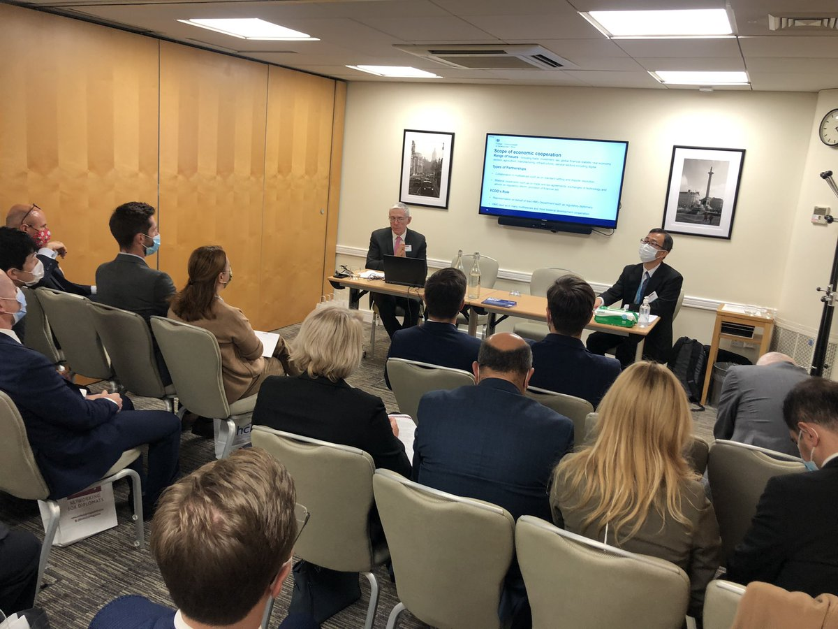 test Twitter Media - Packed afternoon of diplomatic sessions at #EmbassyInduction2021 covering consular, economics & trade, politics, media & public diplomacy and culture, education & science. @ukhomeoffice @FCDOGovUK @BBCNews @BritishCouncil @FPALondon @UKHouseofLords https://t.co/V47q64lBAQ