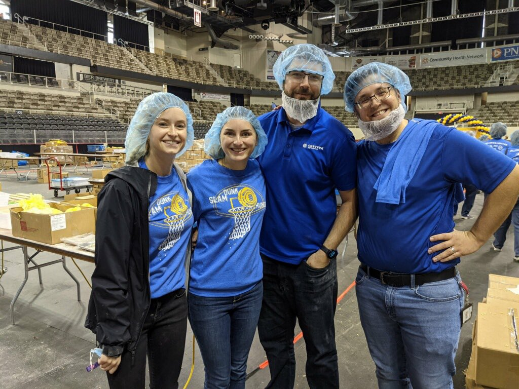 Love the matching hairnets! Thanks for your support Team @CortevaUS!