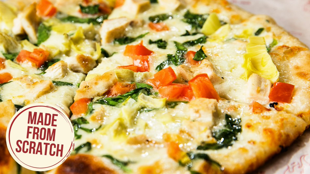 """Try this signature pie with garlic cream sauce, house cheese blend, grilled chicken breast, artichoke hearts, fresh spinach, tomatoes.   A pie this good can only be called one thing: """"Chef's Fave""""  #flypiepizza #flythetunnel #vegasfoodie #pizza #vegaspizza #chef #fave #foodie"""