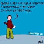 Image for the Tweet beginning: Assenti serpenti! #GreenpassObbligatorio #greenpass #greenpassday #vaccini