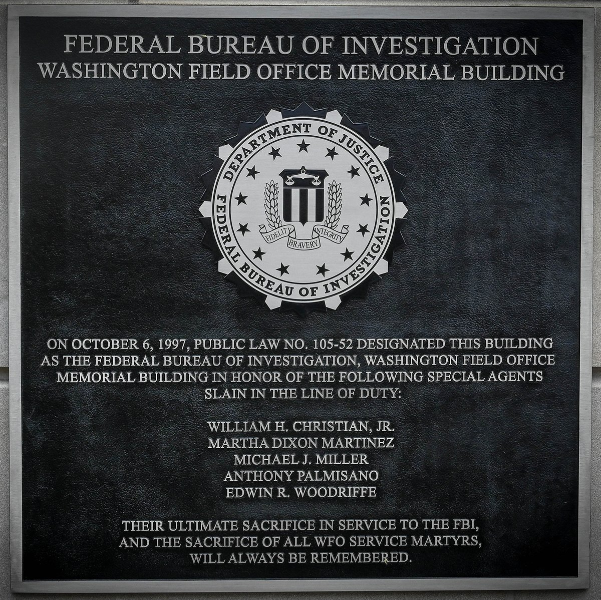 Today, #FBIWFO unveiled a plaque dedicating our building in honor of WFO service martyrs William H. Christian, Jr., Martha Dixon Martinez, Michael J. Miller, Anthony Palmisano, and Edwin R. Woodriffe. #FBI Director Wray spoke at the ceremony in remembrance of the fallen.
