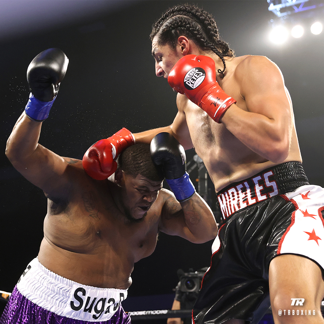 @trboxing's photo on Randle