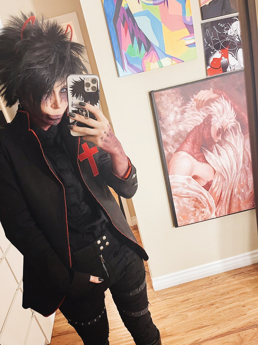 Happy Sinday everyday y'all! 😏😈 and yes my Dabi has successfully raided Jake's closet and is enjoying wearing his jackets 🤣😝 enjoy your favorite crossover between Black Veil Brides and My Hero Academia. It's only possible on my TikTok (Born2Burn__) 😁😉