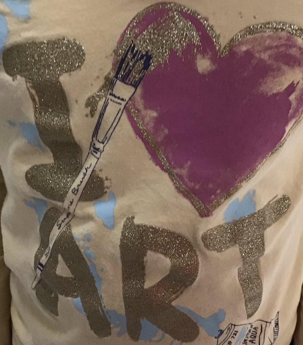 <a target='_blank' href='http://search.twitter.com/search?q=I'><a target='_blank' href='https://twitter.com/hashtag/I?src=hash'>#I</a></a>♥️Art Great t-shirt today in art! And I love this Halloween drawing! Happy to see everyone having fun in art! 🎨🤗👍😀 <a target='_blank' href='https://t.co/wjlKDzy3Ty'>https://t.co/wjlKDzy3Ty</a>