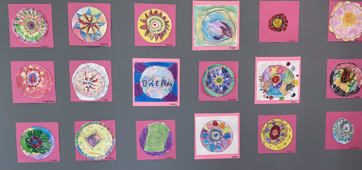 <a target='_blank' href='http://search.twitter.com/search?q=APSarts'><a target='_blank' href='https://twitter.com/hashtag/APSarts?src=hash'>#APSarts</a></a> Ss in second grade created radial designs! <a target='_blank' href='http://twitter.com/APSCardinalElem'>@APSCardinalElem</a> look for them in the hallway! 😀🤗 <a target='_blank' href='http://twitter.com/SimmermanArt'>@SimmermanArt</a> <a target='_blank' href='https://t.co/EcYGufS2br'>https://t.co/EcYGufS2br</a>