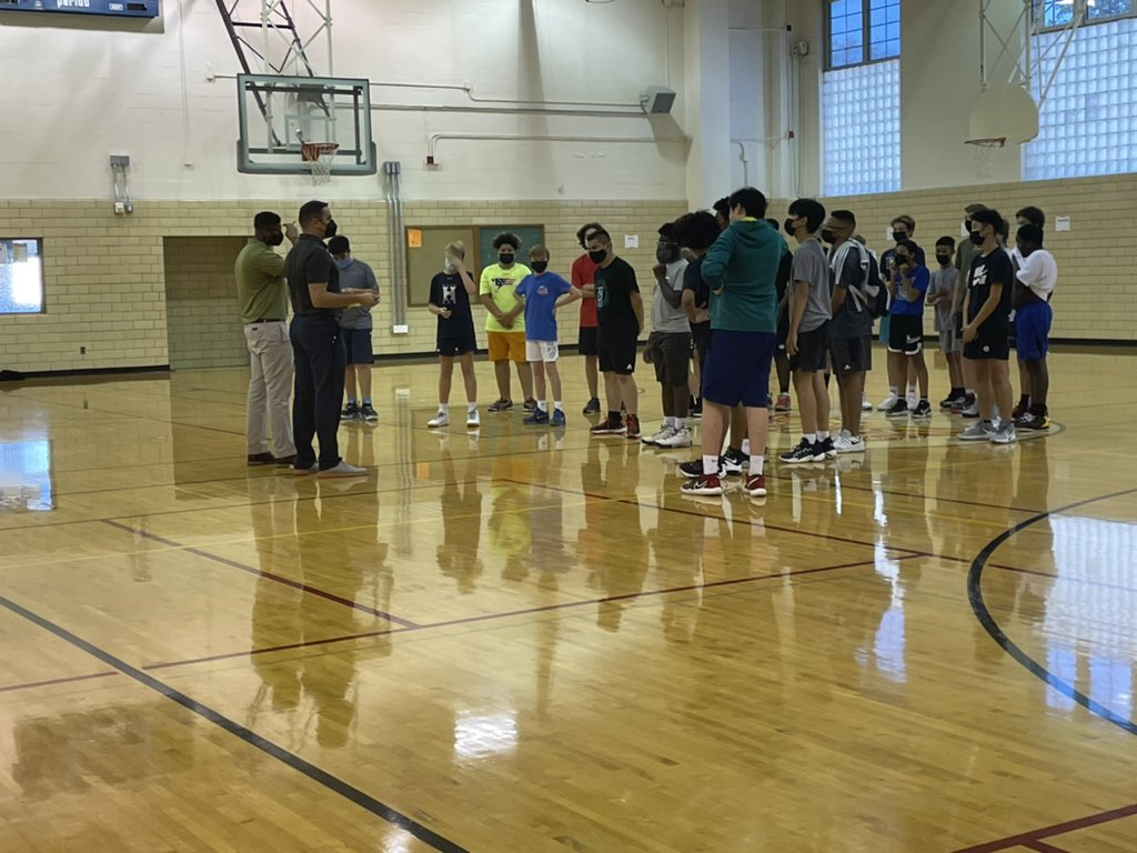 Day 1 of Boys Basketball Tryouts complete. Thank you 8th grade for all your hard work. 6th Grade Boys will tryout tomorrow, 10/19. Main Gym at 2:35pm🏀 <a target='_blank' href='https://t.co/3FjGS7cv9e'>https://t.co/3FjGS7cv9e</a>