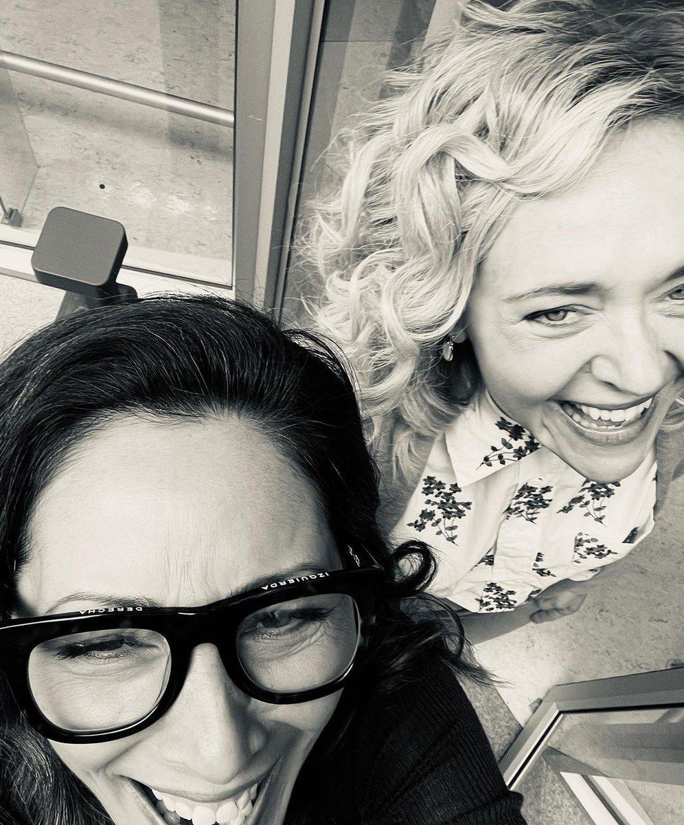 #TheGoodDoctor fans.  Everybody loves #Salim, the new dinámic duo returns next Monday.    Meanwhile don't forget to stream the show in @hulu  @SonyLIV  & #AXNNow (disponible para habla hispana)  Bellas @_ChristinaChang  & @rachelbayjones  detrás de escena de @GoodDoctorABC