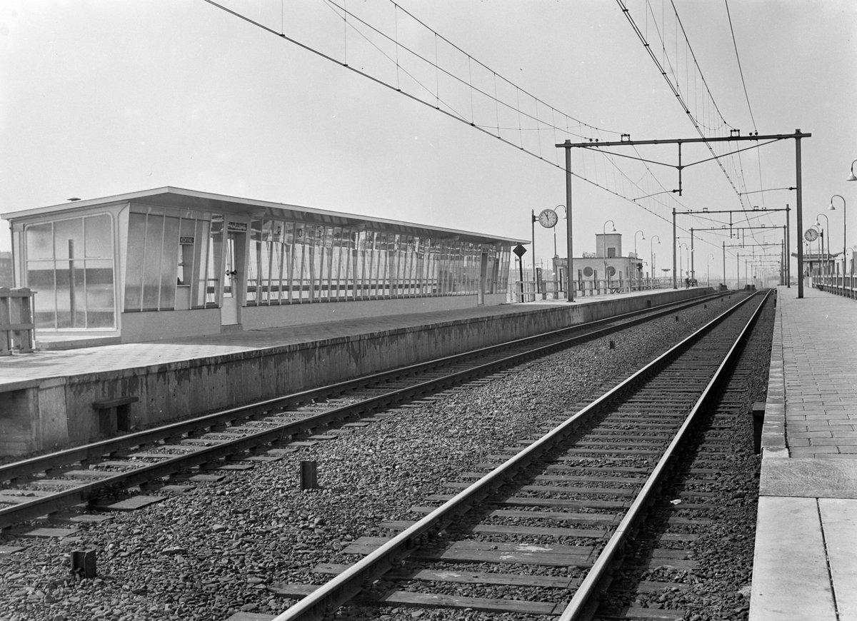 test Twitter Media - Station Rotterdam Noord, 1955 (foto: NS). https://t.co/wo8VAXq6ZC