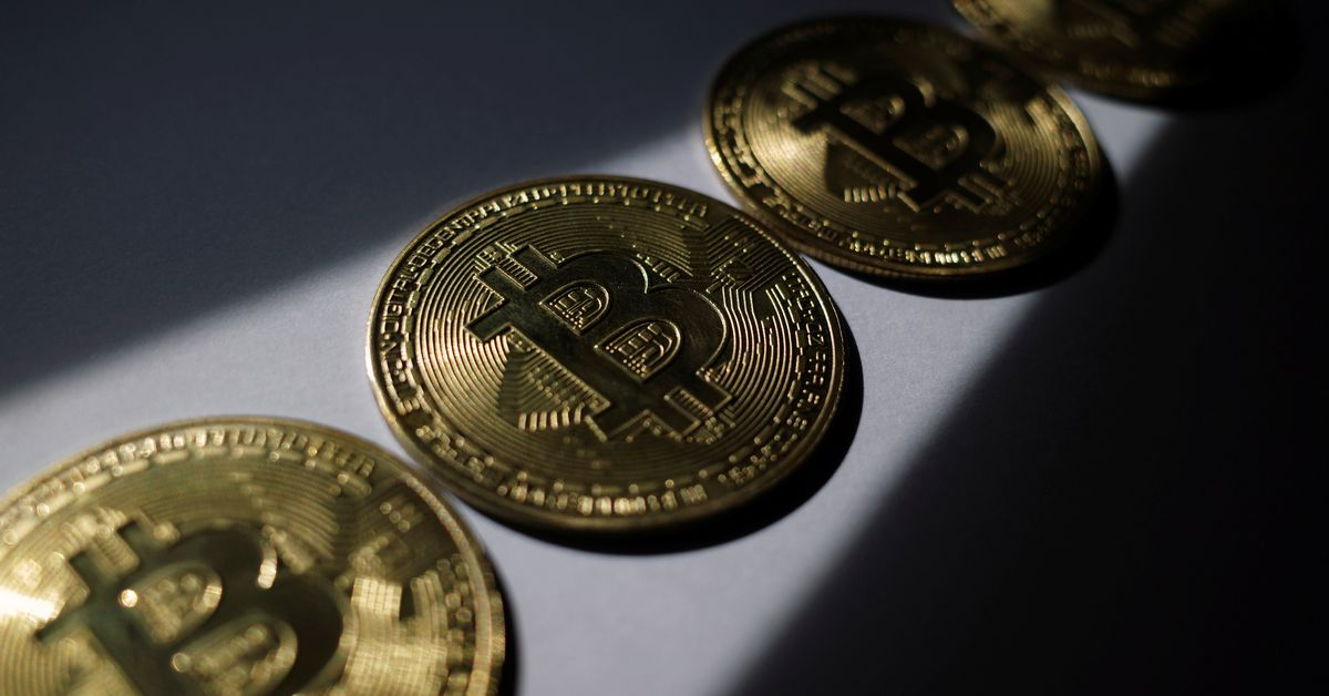 Analysis: Bitcoin futures highlight some pitfalls for new ETFs