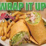 Not gonna lie, our California Wrap would hit the spot right now! Turkey, lettuce, tomato, avocado, bacon, tomato basil wrap, spicy homemade ranch sauce. Come enjoy one today! 😋