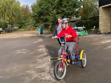 We are delighted to support #WheelsforAll with @windrushbikepro Disability-adapted bikes at Wood Green School #Witney, for 2 to 16 yrs &  their siblings to try, every Sat pm. Know someone who would love to come? Booking  here: < https://t.co/HP9tvoS9j1 >
