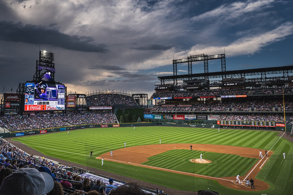 MLB is in talks to end local blackouts for streaming games