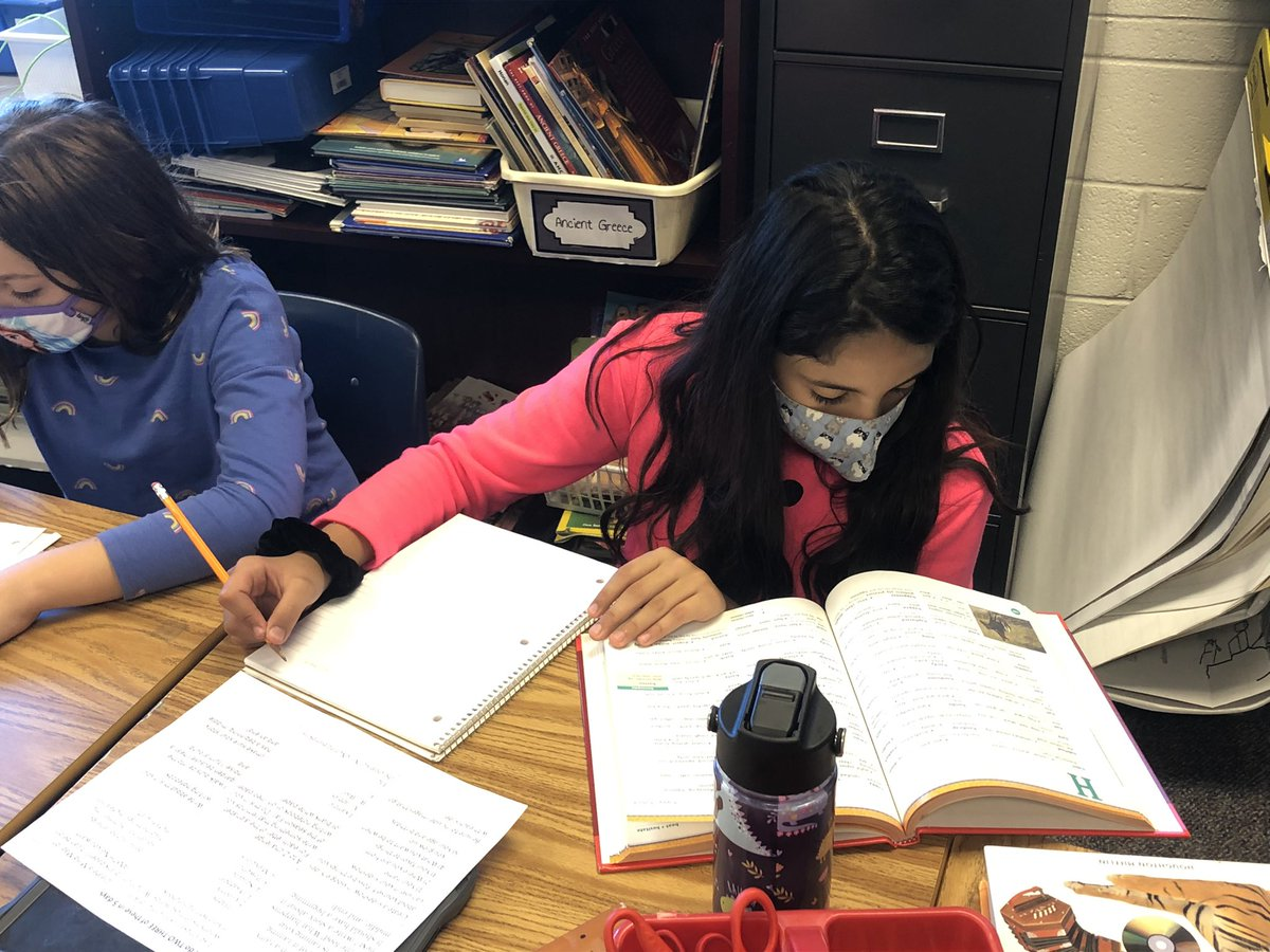 """Students are learning about synonyms and antonyms. They are learning how to use a thesaurus to find synonyms of """"overused"""" words <a target='_blank' href='http://search.twitter.com/search?q=hfbtweets'><a target='_blank' href='https://twitter.com/hashtag/hfbtweets?src=hash'>#hfbtweets</a></a> <a target='_blank' href='http://twitter.com/APSLiteracy'>@APSLiteracy</a> <a target='_blank' href='http://twitter.com/APS_ELA_Elem'>@APS_ELA_Elem</a> <a target='_blank' href='https://t.co/aYrqSgclQy'>https://t.co/aYrqSgclQy</a>"""