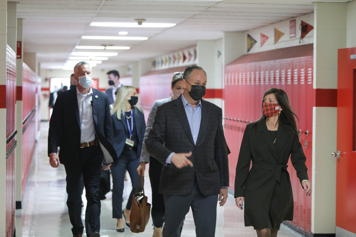 Today, @SecondGentleman and I visited a COVID-19 vaccination site at East Side High School in Newark as more New Jerseyans rolled up their sleeves to get the shot. Every dose gets us closer to the brighter days ahead. Get yours: covid19.nj.gov/finder